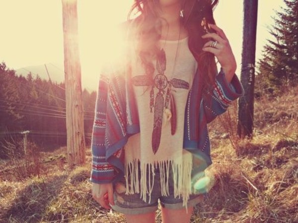 jewels hipster shirt cardigan sweater t-shirt boho bohemian indie indian bohemian bohemian sweater knitted sweater shorts aztec top feathers white jacket hippie chic hippie boho cool cool shirts grunge sooo cuuttte! grey starbucks lush cute summer fluffy 90s style goth pastel goth