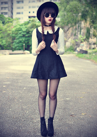 dress black dress boots sunglasses hat black peter pan collar black and white dress gothic lolita shoes jewels jewelry necklace choker necklace black choker grunge vintage flare long sleeves sheer stockings round sunglasses round glasses white shirt white sweater alternative indie hipster