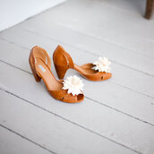 brown shoes,flowers,shoes