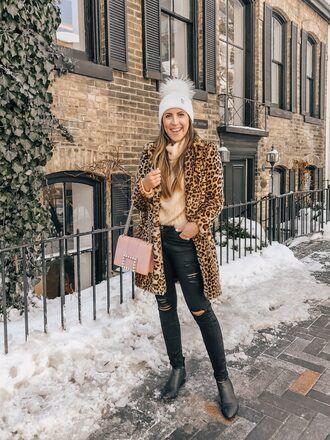 stephanie sterjovski - life + style blogger hat coat shoes bag beanie winter outfits animal print faux fur coat