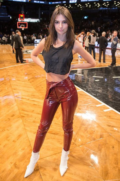 pants ankle boots crop crop tops emily ratajkowski vinyl model off-duty fall outfits