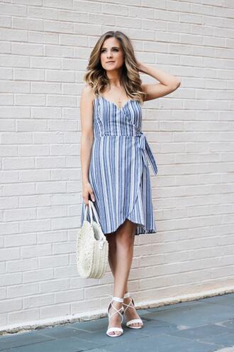 thedaintydarling blogger dress shoes bag jewels wrap dress raffia bag round bag sandals spring outfits
