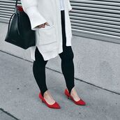 bag,tumblr,mansur gavriel,black bag,bucket bag,leggings,black leggings,cardigan,white cardigan,kitten heels,red shoes,mid heel pumps,pumps