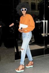 le fashion image,blogger,sunglasses,sweater,jeans,shoes,platform sandals,orange sweater