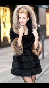 coat,fur,fur coat,parka,faux,black,hoodie coat,fashion,clothes,hoody