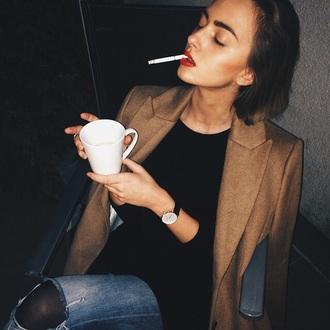 coat blazer cigarette girl outfit style fashion hair makeup lipstick smoking jeans black brown aprcot
