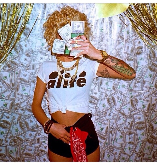 shirt celebrity lil debbie t-shirt name brand