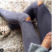jeans,ripped jeans,black jeans,high waisted jeans,skinny jeans,boyfriend jeans,denim,blue jeans,white ripped jeans,light blue jeans,pants,leggings,leggins khaki,workout leggings,leather leggings,black leggings,ripped,streetwear,streetstyle,street goth,skinny pants,skinny,acid washed skinny jeans