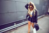 fanny lyckman,blogger,sportswear,black leather jacket,blonde hair,sports bra,athleisure