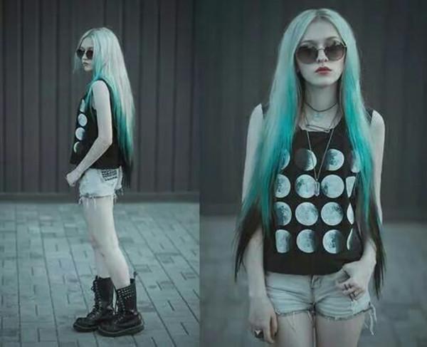 t-shirt tank top moon moon tank grunge pale dark cool top moon blouse
