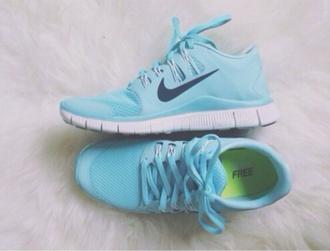 shoes light blue nike free run