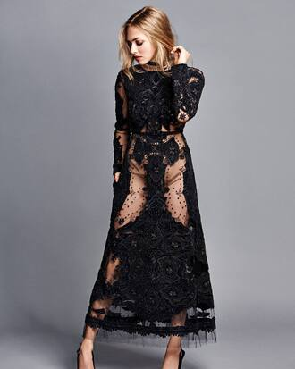 dress black dress maxi dress editorial gown amanda seyfried pumps lace dress lace shoes slingback pointed toe pumps pointed toe high heels heels