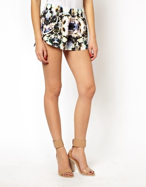 Finders Keepers | Finders Keepers Walk Home Shorts in Floral Print at ASOS