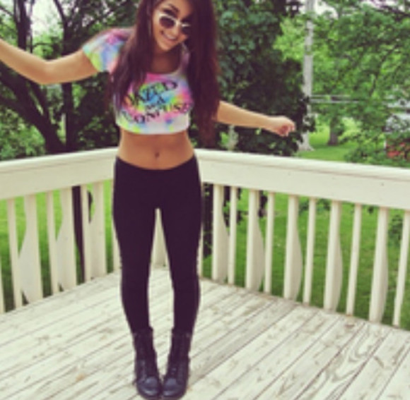 tie dye shirt crop tops leggings quote on it dazed and confused top combat boots boots