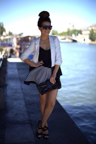 dress white jacket black dress black and white dress little black dress jacket frassy shoes clutch black clutch