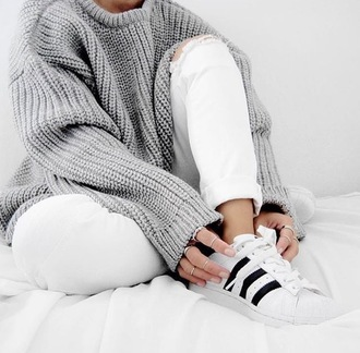 sweater tumblr grey oversized sweater grey sweater oversized sweater oversized denim jeans white jeans ripped jeans white ripped jeans sneakers adidas adidas shoes adidas superstars white sneakers low top sneakers