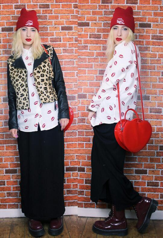 Lethalbeauty ? lip print button up chiffon blouse