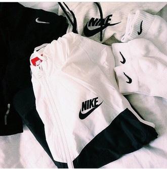 jacket black and white nike hoodie