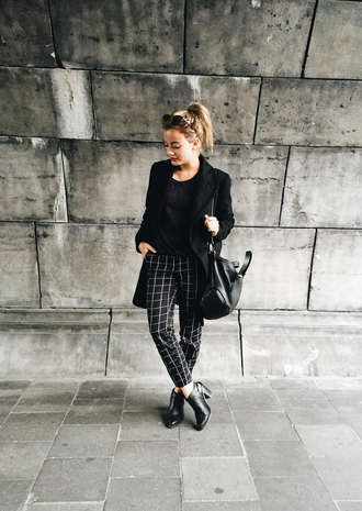gladys doris dave blogger coat pants checkered ankle boots leather bag checkered pants