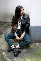 pants,clothes,girl,outfit,boots,leather,leggings,ombre,peace,fashion,winter outfits,fall outfits,tartan,leather jacket,shirt,jacket