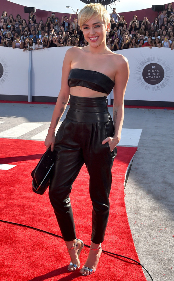 miley cyrus leather pants vma