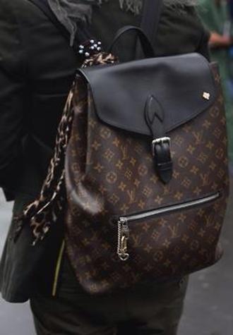 bag louis vuitton louis vuitton bag bookbag backpack pattern lv bag lv designer designer bag black brown paris gold france international fashion fashionista dope sexy fashion bags women's bags