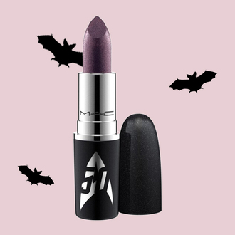 make-up mac cosmetics purple lipstick dark lipstick lipstick star trek halloween halloween makeup soft grunge