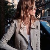 jacket,on point clothing,leather jacket,cream,cream jacket,cute jacket,women,gorgeous,fashionista,blonde hair,hipster,style,girly,girl,cool,cute,blogger,instagram,pretty,beautiful,date outfit,fitness lifestyle,warm,tumblr,summer