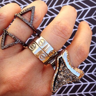 jewels jewel cult jewelry ring stacked ring triangle shark tooth shark tooth ring silver silver jewelry silver ring