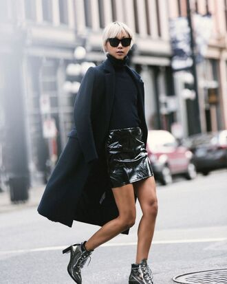 skirt tumblr vinyl skirt vinyl mini skirt black skirt sweater black sweater turtleneck sweater turtleneck boots silver boots ankle boots lace up boots high heels boots coat black coat sunglasses black sunglasses sexy