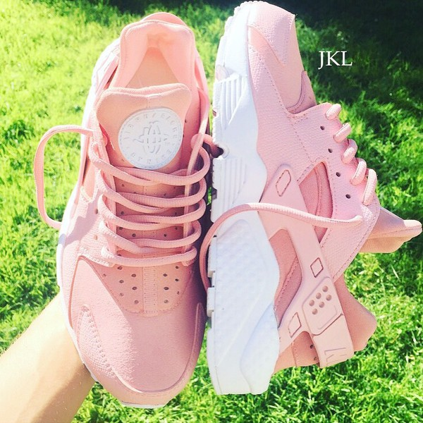 arriving buying now detailing Blush Pink Adults Baby Pink Rose Nike Air Huarache, Rosa Nike ...