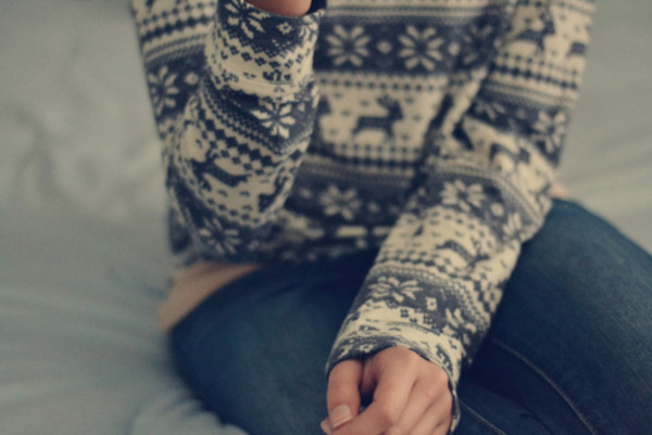 bunny deer holiday season sweater weheartit winter sweater grey sweater fall sweater christmas christmas sweater deer cute cold winter outfits grey bluea and white jeans blue white long sleeves knitted sweater knitwear snowflake jumper warm chunky