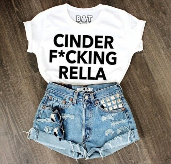 t-shirt cinderella top batoko denim shorts 501s levis shorts