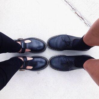 shoes black soft grunge minimalist sandals hipster atropina boyish minimalist shoes chaussures leather grunge valentines day boyfriend black doc martens indie spring summer
