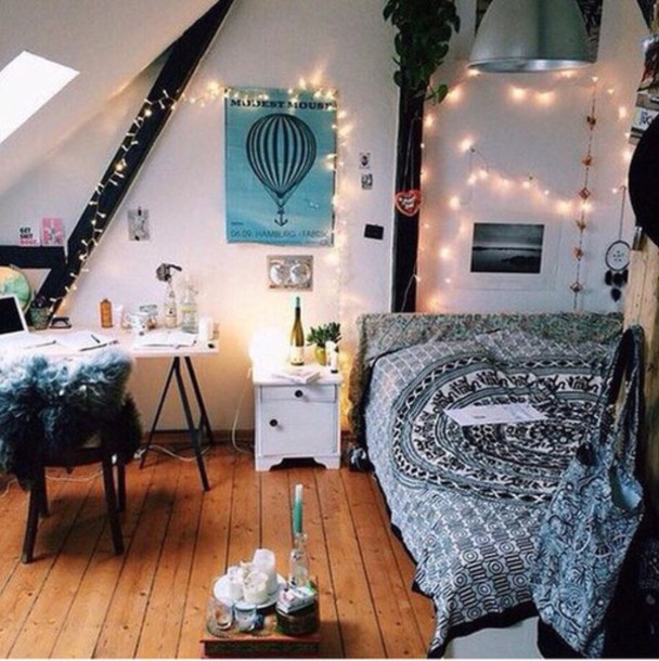 Sweater tumblr home decor home decor fairy lights boho grunge fall outfits fall outfits - Bedroom decorations tumblr ...