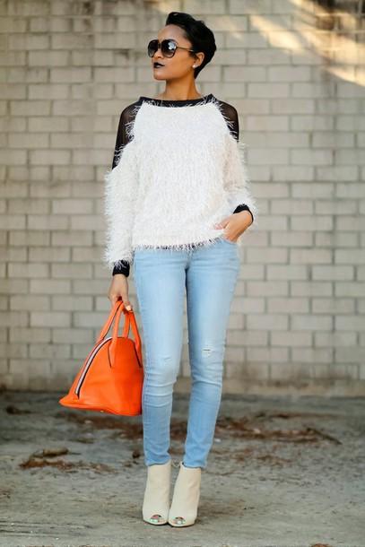the daileigh t-shirt jeans shoes sunglasses bag dress