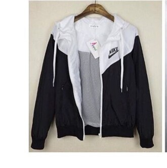 jacket black and white nike nike jacket coat grey cute tumblr windbreaker nike windrunner black white windrunner
