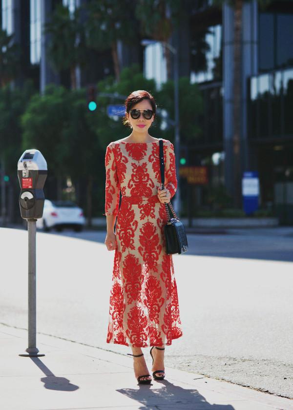 hallie daily blogger bag sunglasses