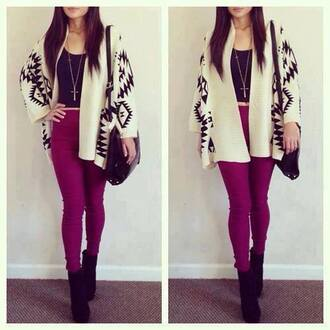 jeans sweater mustard shoes winter jacket vêtement: veste pants cardigan shoes burgundy necklace cross bag gold tribal pattern leggings crop tops tank top black white purple skinny pants blouse outfit fall outfits cardigan aztec