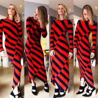 dress stripes striped dress pumps margot robbie instagram fall outfits fall dress shoes