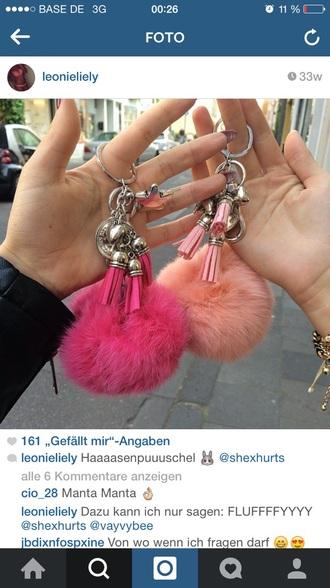 keychain fluffy