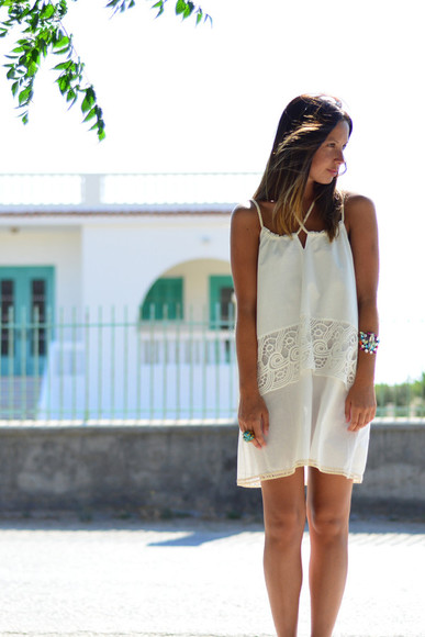 summer outfits summer dress white dress friend in fashion blogger jewels