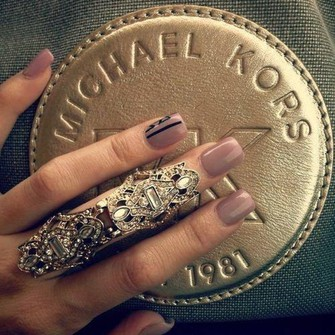 jewels gold mid finger rings big rings ring gold ring in finger gold ring knuckle ring gold midi rings the bling ring boho ring gold sequins the middle