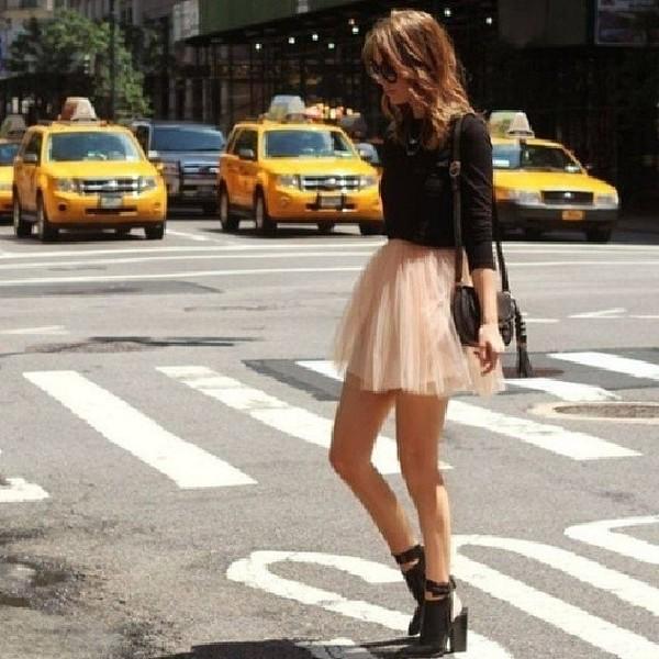 skirt beige skirt black long sleeve shirt cute outfits tulle skirt
