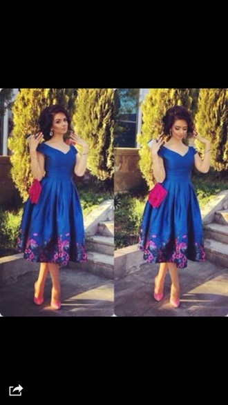 dress need this dress floral dress floral pink roses royal blue dress