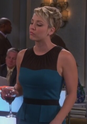 penny dress big bang theory kaley cuoco