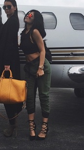 jeans,kylie jenner,kendall and kylie jenner,shoes,sunglasses,sunnies,mirrored sunglasses,glasses,accessories,Accessory,kardashians,keeping up with the kardashians,celebrity style,celebrity,celebstyle for less,kylie jenner black heels,black heels,lace up,pointed toe
