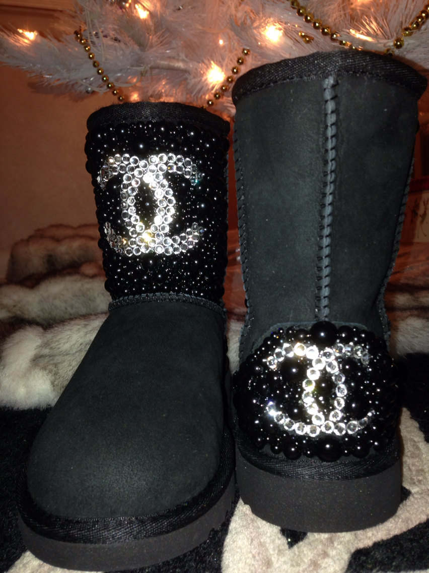 2883c6e638c Chanel Ugg Style Boots