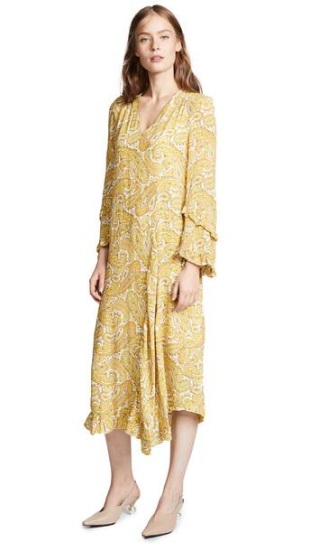 BAUM UND PFERDGARTEN Ameli Dress in yellow