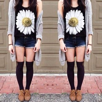 shirt cute girly daisy tank top socks cardigan